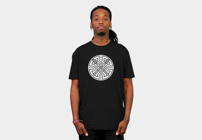 Crossed swords T-Shirt - Design By Humans